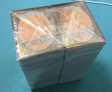 駿河屋のMTG福袋のカード束