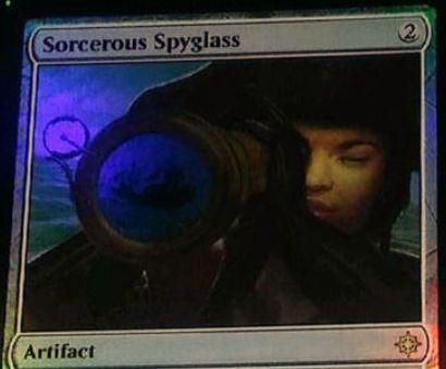 イクサラン「Sorcerous Spyglass」が非公式スポイラーに掲載!2マナで設置して相手の手札を見つつカード名を指定!指定したカードの起動型能力を使用不可に!