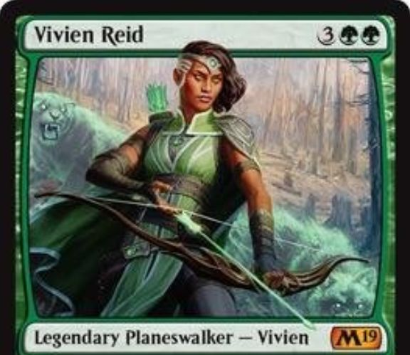 【基本セット2019】緑神話PW「Vivien Reid」が公開!緑緑3で初期忠誠値5!【+1】でライブラリートップ4枚から土地か生物を手札に!【-3】でアーティファクトかエンチャントか飛行生物を破壊!【-8】で自軍全体にP/Tを2ずつ強化し、警戒・トランプル・破壊不能を付与する紋章を獲得するプレインズウォーカー!