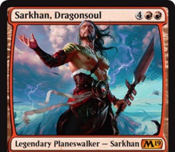 【基本セット2019】PWデッキの新サルカン「Sarkhan, Dragonsoul」が公開!赤赤4で初期忠誠5!【+2】相手と相手の盤面全体に1点ダメージ【-3】プレイヤーかPWに4点ダメージ【-9】ライブラリーから好きなだけドラゴンの能力を持つ赤単プレインズウォーカー!
